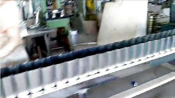小方罐生产线